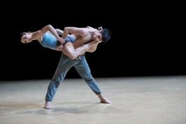 Gods and Dogs by Jiri Kylilan Imprevus.2 April 7, 2016 Ballets de Monte-Carlo (9)@Alice Blangero
