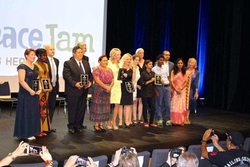 PeaceJam 2016 Awards winners @CelinaLafuenteDeLavotha
