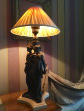 Beautiful lamp at Villa Gallici@CelinaLafuenteDeLavotha