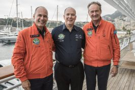 HSH Prince Albert with B. Piccard and A. Borschberg at the Yacht Club of Monaco, July 29, 2016 @Solar Impulse Press Team