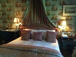 The baldaquin bed at Villa Gallici@CelinaLafuenteDeLavotha