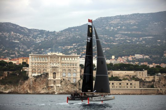 Malizia passing by the Oceanographic Museum of Monaco @Thierry Amelier