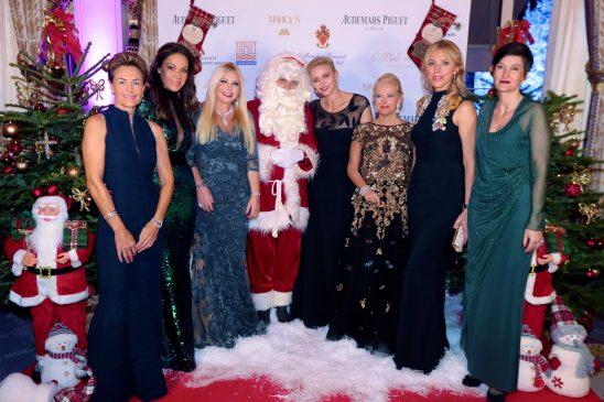 2016 - Christmas Ball - HSH Princess Charlene with Celina Lafuente de Lavotha, Sandrine Garbagnati-Knoell (Ball's Founder), Monika Bacardi, Roberta Gilardi-Sestito, Inna Maier and Agnès Falco©Laurent Ciavaldini