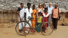 Donatella Campioni and Frank Morel with inhabitants of the Dindigul @MAP