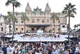 Monaco Palladienne folklore dancers in the Casino Square ©Charly Gallo - Manuel Vitali : Direction de la Communication