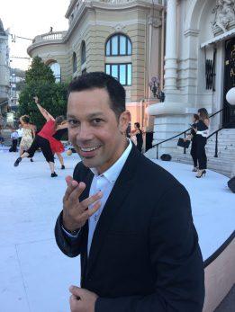Nico Khan leading the Dance Marathon@CelinaLafuentedeLavotha