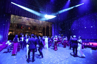 Guests dancing on the stage of the Salle Garnier @Yoann Obrenovitch