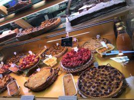 Desserts anyone?@CelinaLafuentedeLavotha