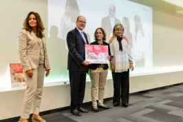 HSH Prince Albert II with Fawzia Zouari and May Chidiac and the representative from the school in Lebanon that received the Fourth Prize @ Valentina de gaspari