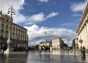 The main square in Bordeaux with Grand Hotel where we stayed, in front of the Opera house @CelinaLafuentedeLavotha