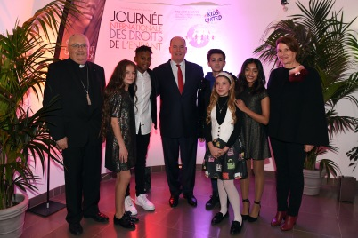 Prince Albert with Archbishop of Monaco Bernard Barsi, Isabelle Bonal and (L-R) Erza, Gabriel, Esteban, Gloria and Nilusi of Kids United © Manuel Vitali : Direction de la Communication
