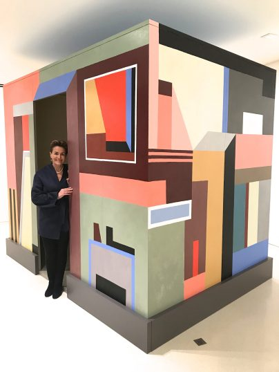 Celina, Monaco Reporter, inside the artwork by Nathalie du Pasquier, entitled Inside, yesterday, outside, today, 2017, Oil on Canvas, NMNM Collection