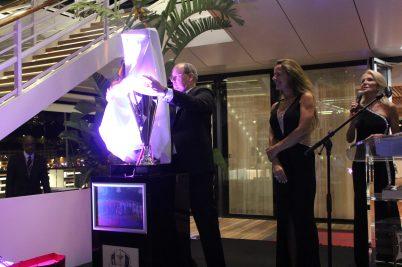 Prince Albert unveils Award during Gala Dinner @Nancy Heslin