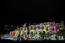 The village of Menton projected onto the facade of the Palace©EdWrightImages_StJean18_0260
