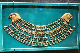 Grand Necklace of Princess khenemet, XII dynasty, Egyptian Museum Cairo @CelinaLafuentedeLavotha