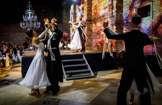 Dancers performing during the Grand Ball of Princes and Princesses in Venice, 2018 @noblemontecarlo