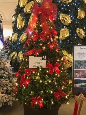 Christmas Tree by Gruppo Giardini @CelinaLafuentedeLavotha