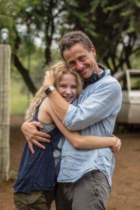 Daniah De Villiers (Mia) with Gilles de Maistre @copyright Joe AlblasGalatÇe Films-Outside Films