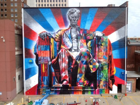 Street-Art-by-Eduardo-Kobra-of-Abraham-Lincoln-in-Kentucky-USA-56456
