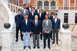 Prince Albert II and the top ranked tennis players in THE Palace courtyard, Sunday, April 14, 2019@GaetanLuci_PalaisPrincier