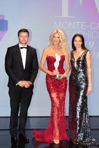 Glamour Award Winner Victoria Silvstedt with Gareth Wittstock and Federica Nardoni Spinetta @Daniele Guidetti