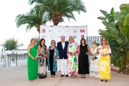 Prince Albert with Hilde Heneuse Heye, Cinzia Cicolella and the Belgium delegation @Philippe Fitte