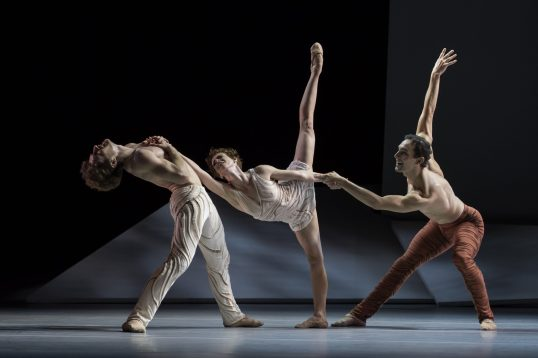 Daphnis and Chloe choreographed by Jean-Christophe Maillot, Opera de Monte-Carlo, October 2019 (2)@Alice Blangero