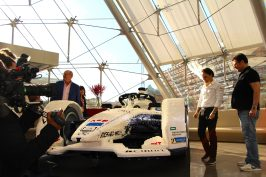 Felipe Massa and Gildo pastor admiring the LEGO built racing car @CelinaLafuentedeLavotha
