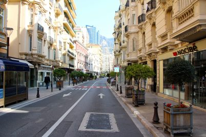 Boulevard des Moulins with its empty boutiques, Monaco, April 5, 2020@Celina Lafuente de Lavotha