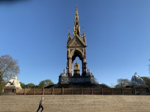 Lonely Jogger passing Prince Albert Memorial, Kensington, UK April 5, 2020 @Ella Montclare
