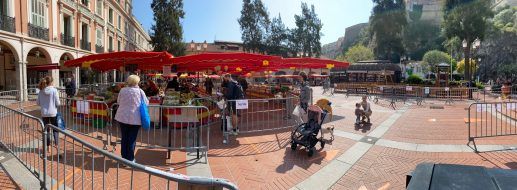The market in the Condamine organized during confinement, Monaco, April 5, 2020 @Celina Lafuente de Lavotha
